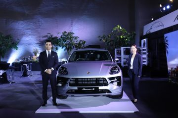 Mr Christoph Choi, Managing Director of Porsche Indonesia (left), and Ms Calista Tambajong, Head of Public Relations of Porsche Asia Pacific, jointly unveiled the new Porsche Macan in Indonesia