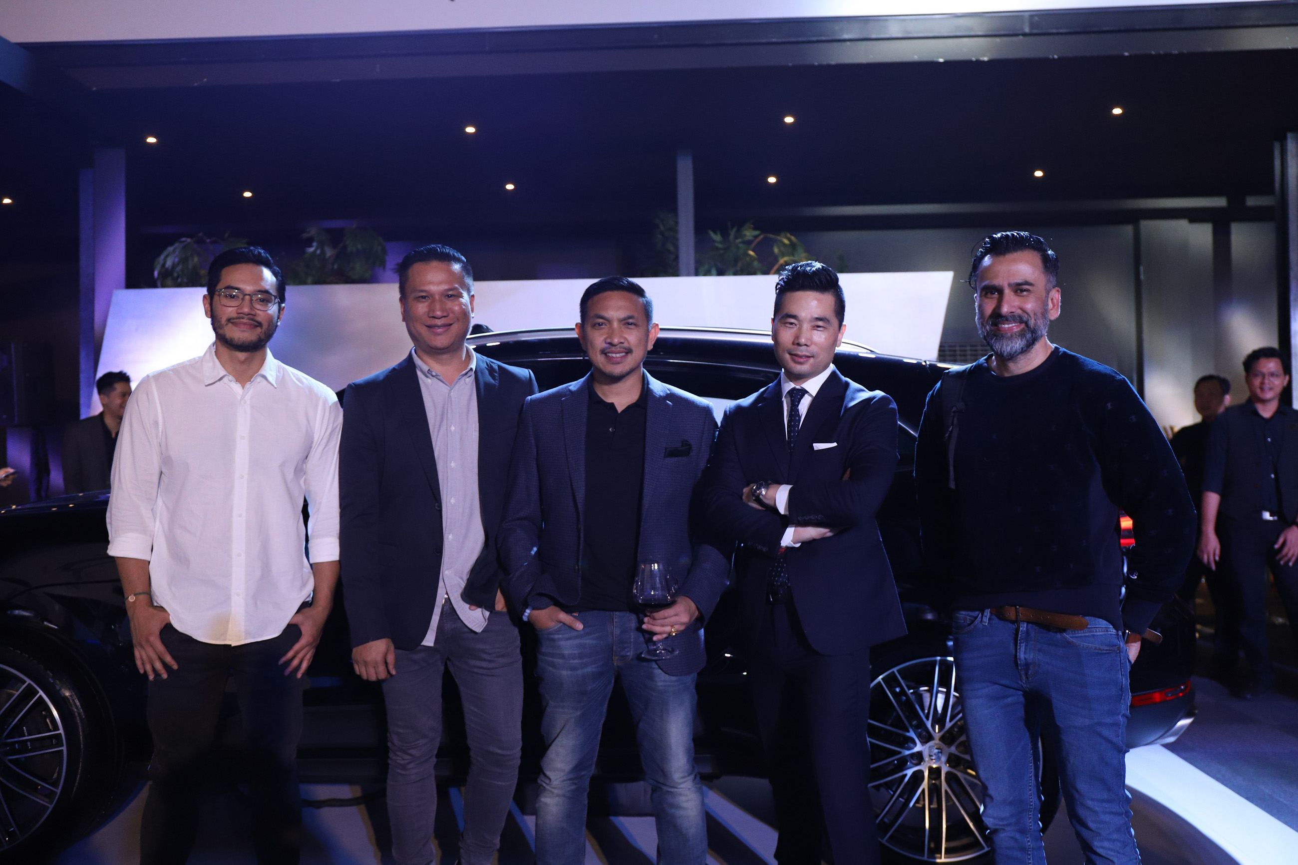 Mr Christoph Choi, Managing Director of Porsche Indonesia (second from right), and Porsche's invited guests (from left to right): Mr Rino Soedarjo, Mr Kicky Alexander, Mr Tommy Siahaan and Mr Jeremy Thomas