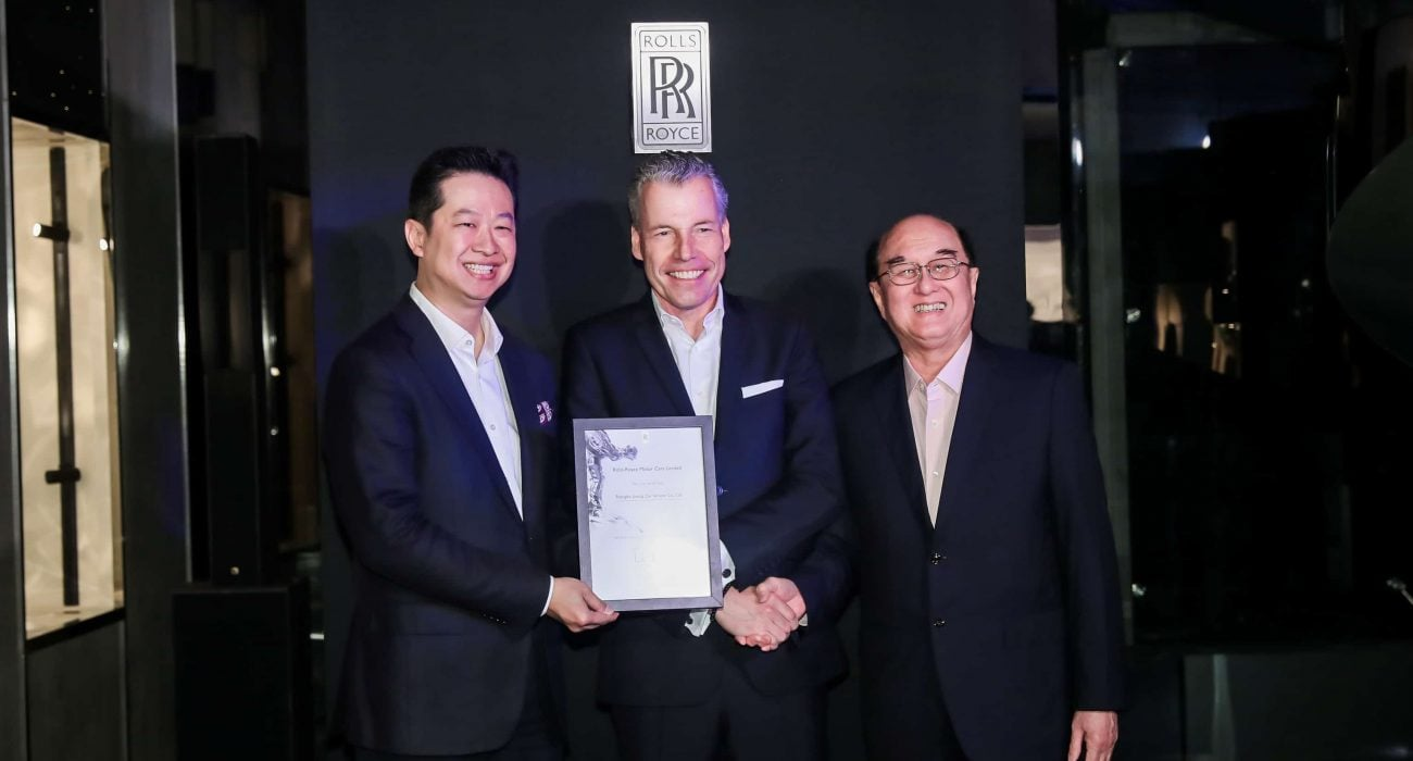 (From left to right) Mr James Hartono, Founder of Shanghai Eurostar Co. Ltd; Mr Torsten Müller-Ötvös, Chief Executive Officer of Rolls-Royce Motor Cars, and Mr Karsono Kwee, Executive Chairman of Eurokars Group at the opening of the Rolls-Royce Motor Cars Dealership in Shanghai in 2019.