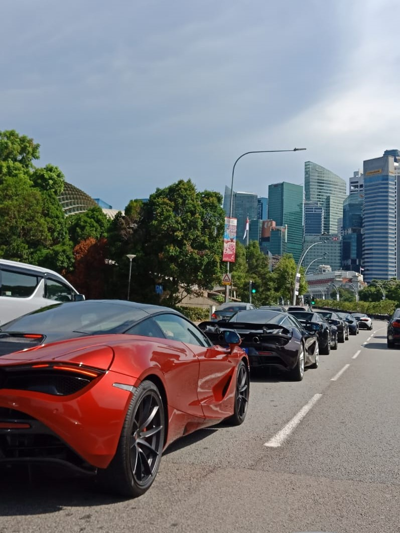 The McLaren convoy heading towards Sentosa as it passed by the iconic Esplanade