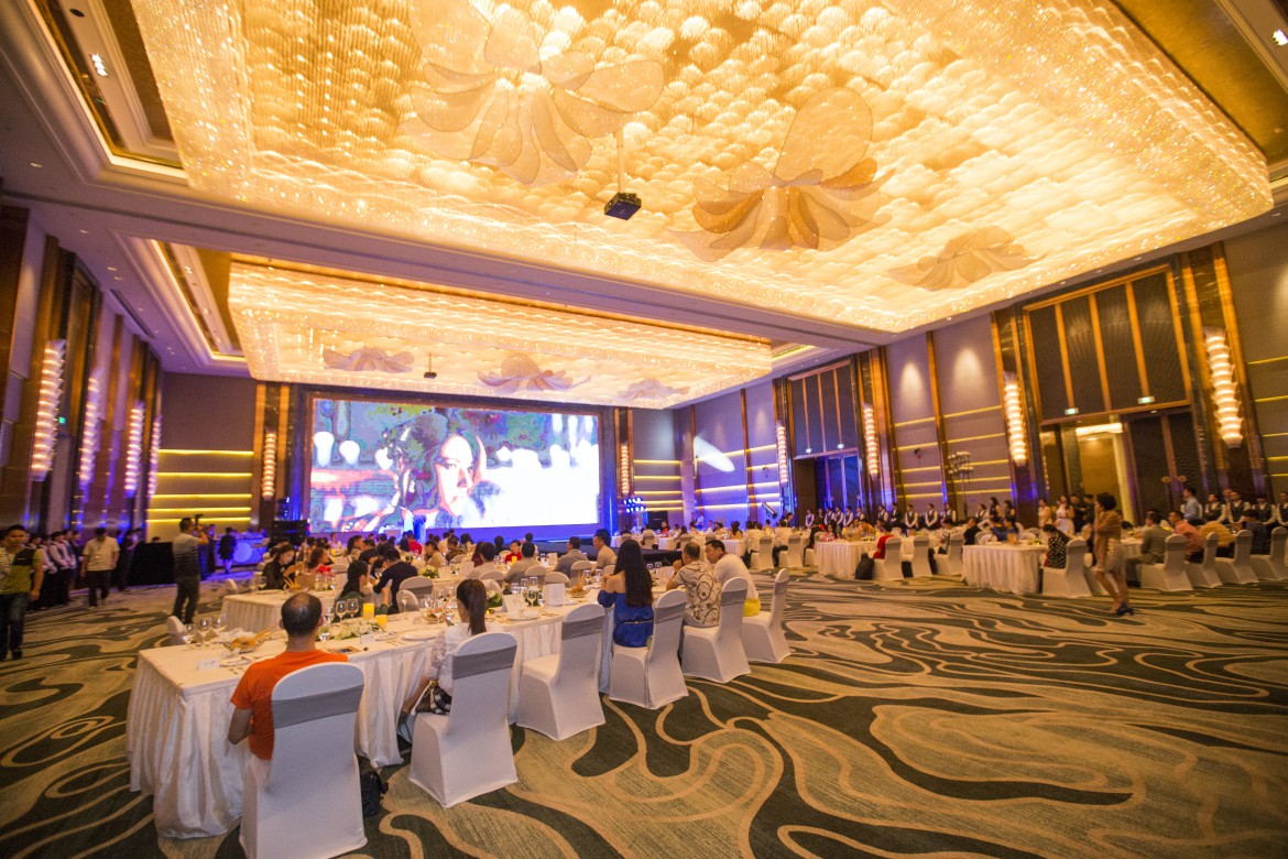 Rolls-Royce Motor Cars (Nanning) marked its first year anniversary with an appreciation dinner