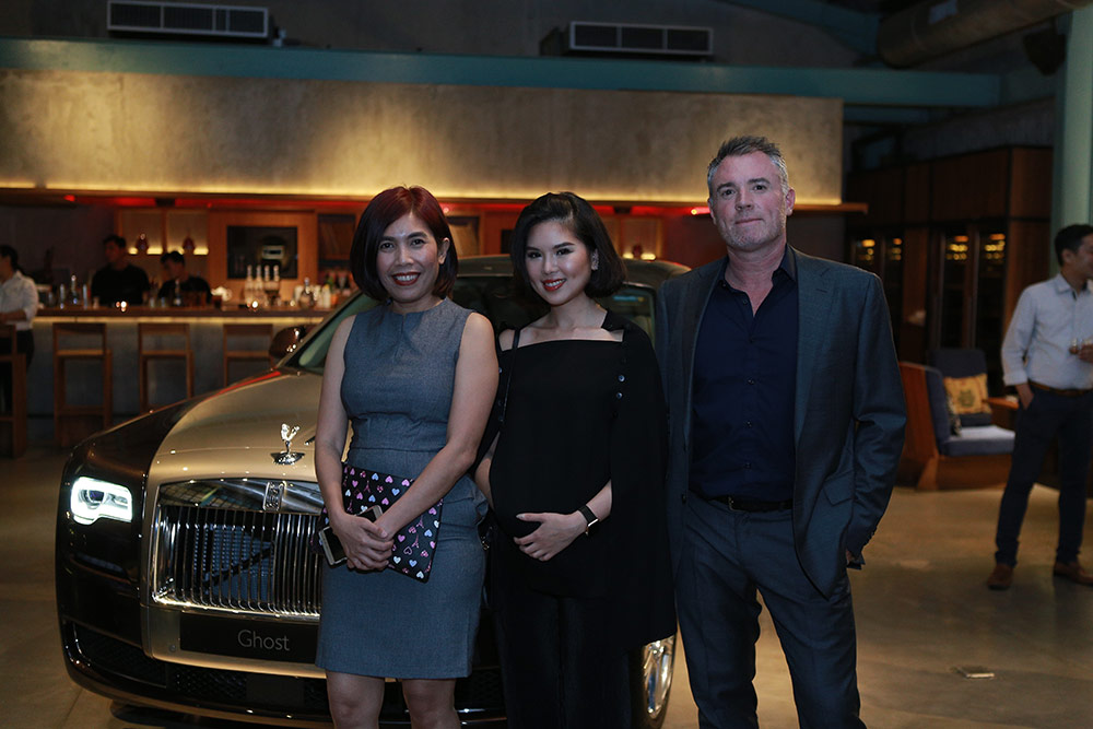 From left to right: Ms Elizabeth Ace, Marketing Manager, Rolls-Royce Motor Cars (Jakarta); Rolls-Royce customer Ms Belinda Luis, and Mr Alistair Toyne, Senior Business Development Manager, Moet Hennessy Asia Pacific