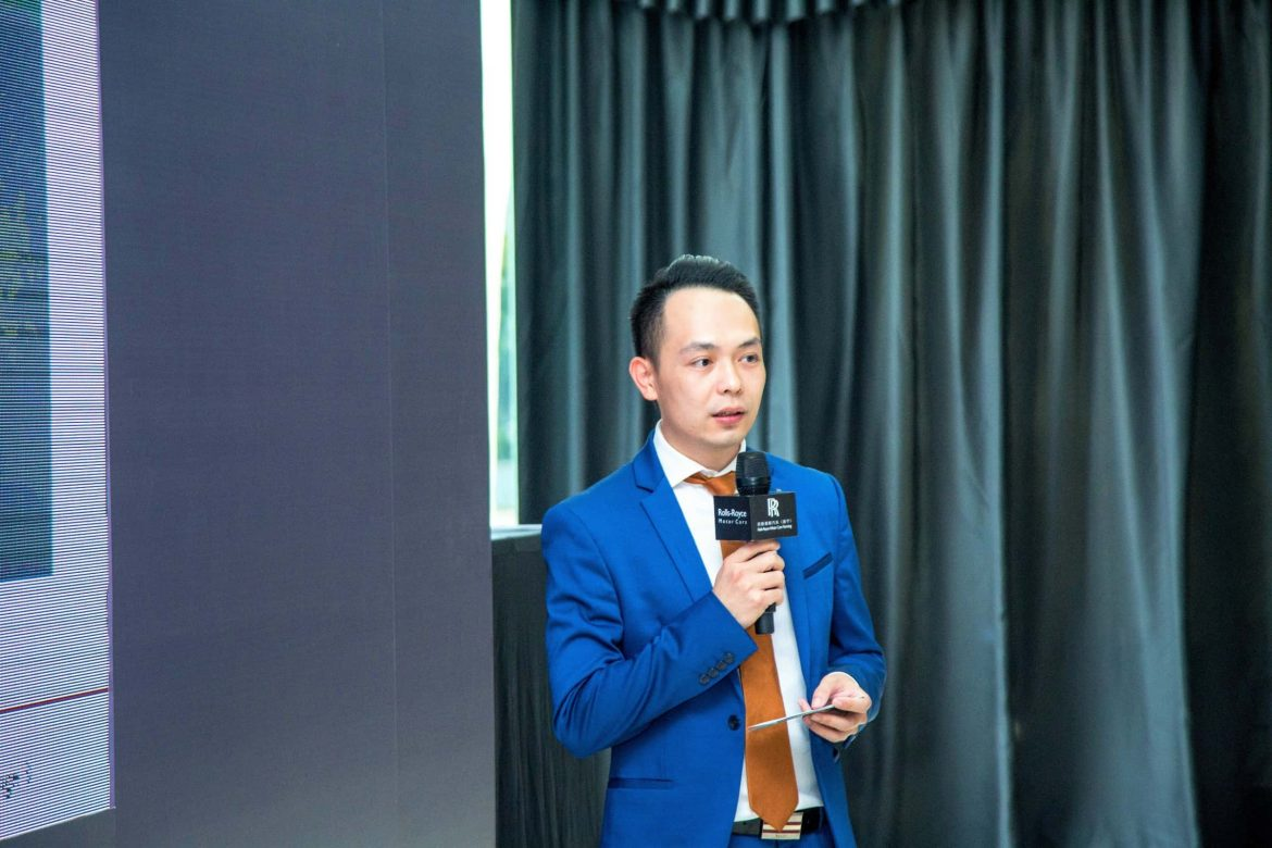 Mr Michael He, Sales Manager of Rolls-Royce Motor Cars (Nanning), giving an overview of the highlights of the new Rolls-Royce Cullinan